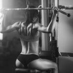 Comment se muscler et fondre sa graisse – le guide complet en 5 étapes, fitness, musculation, tirage vertical, corps fit femme, Kerim CorpsFit